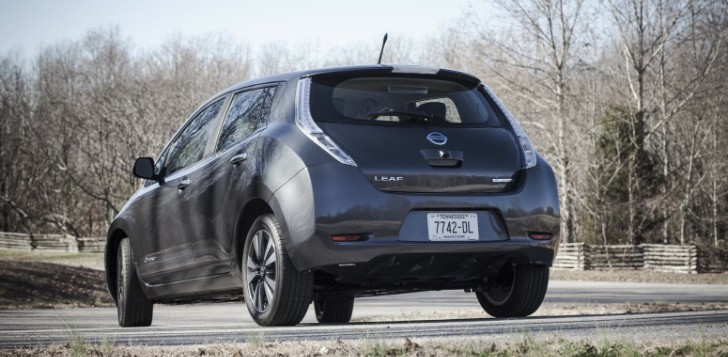 Nissan Adding Leaf Fast Chargers to 100 US Dealerships