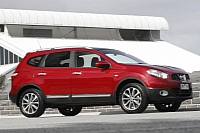 Nissan Dualis +2 photo