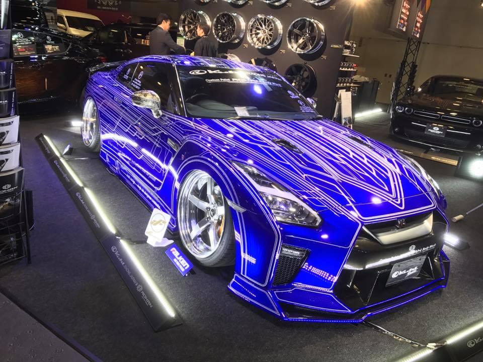 Nissan GT-R by Kuhl Racing Looks Like a Tron Car ...