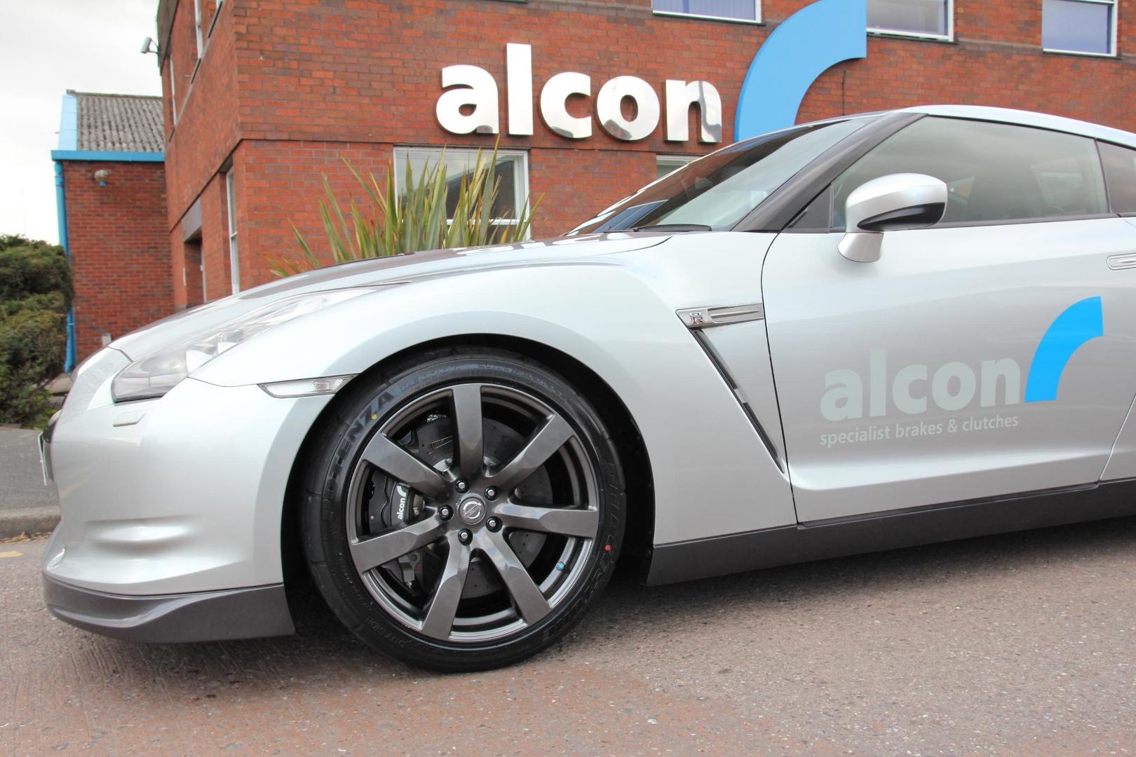 Nissan Gt R Gets Carbon Ceramic Alcon Ccx Brakes
