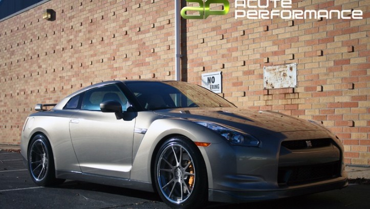 Nissan GT-R on Deep Concave DPE Wheels [Photo Gallery]