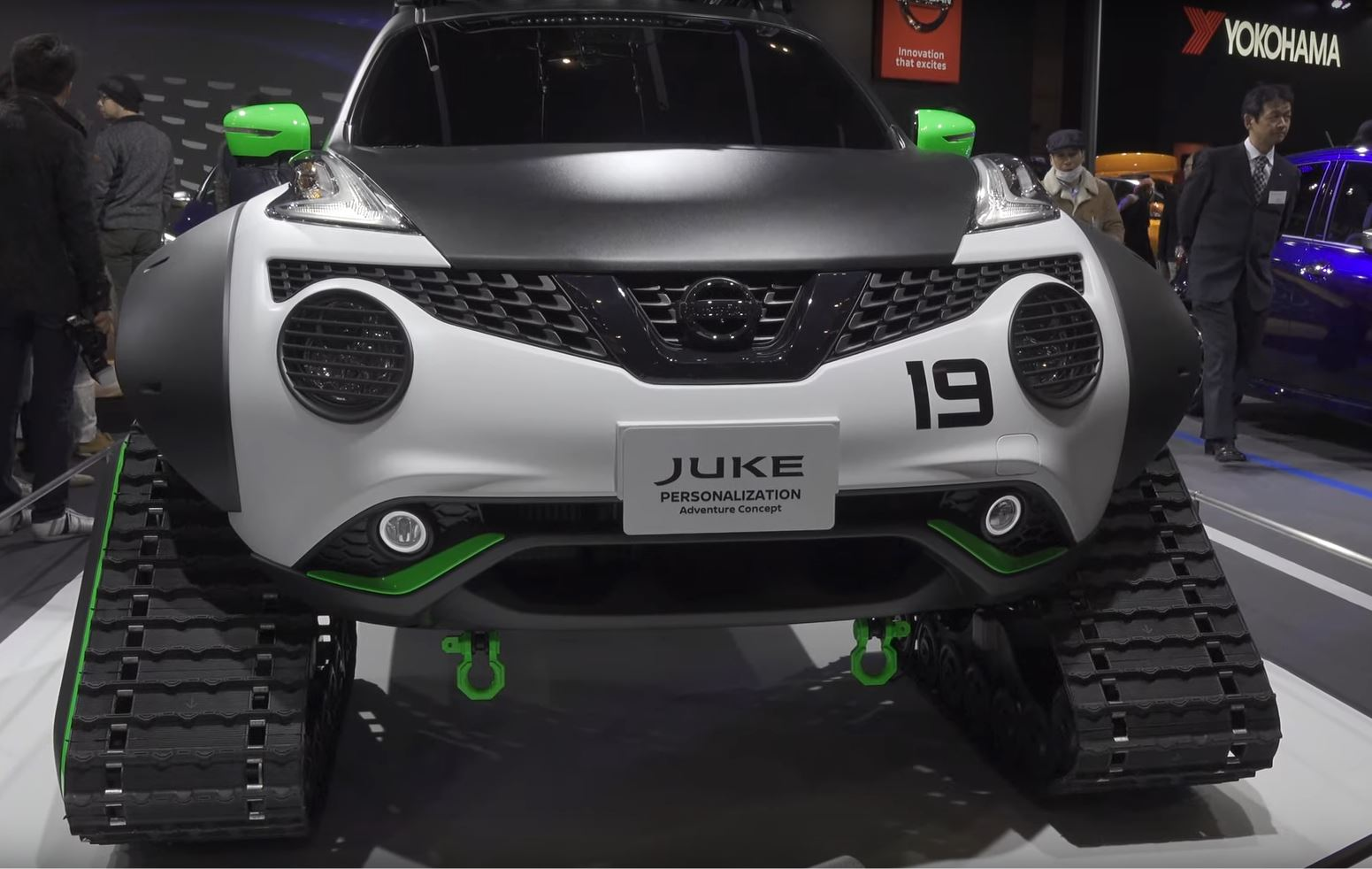 Nissan Juke Becomes Sci Fi Tracked Adventure Car In Japan Autoevolution