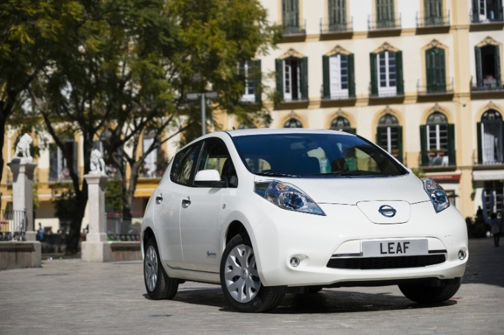Nissan Leaf Demonstrates New Autonomous Driving Technology