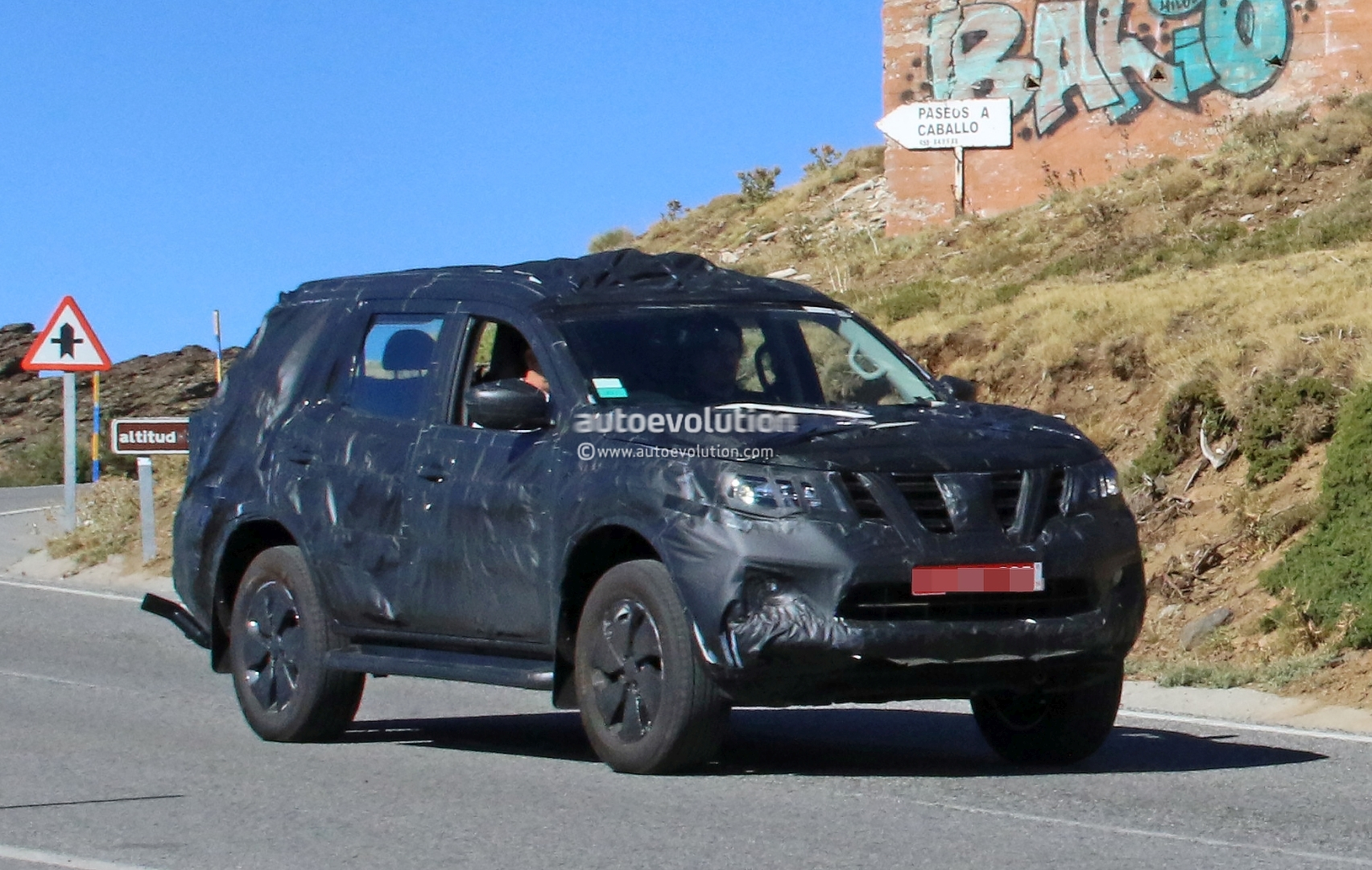 Nissan Navara SUV Spotted Testing with Production Body ...