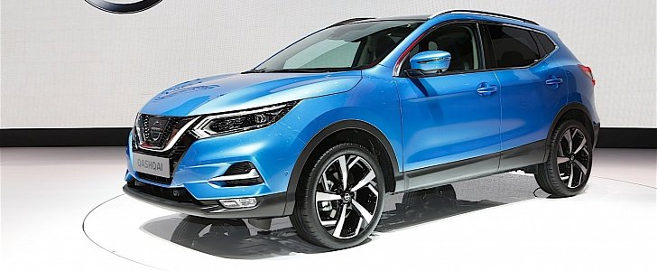 nissan qashqai facelift bows in geneva for its tenth anniversary autoevolution. Black Bedroom Furniture Sets. Home Design Ideas