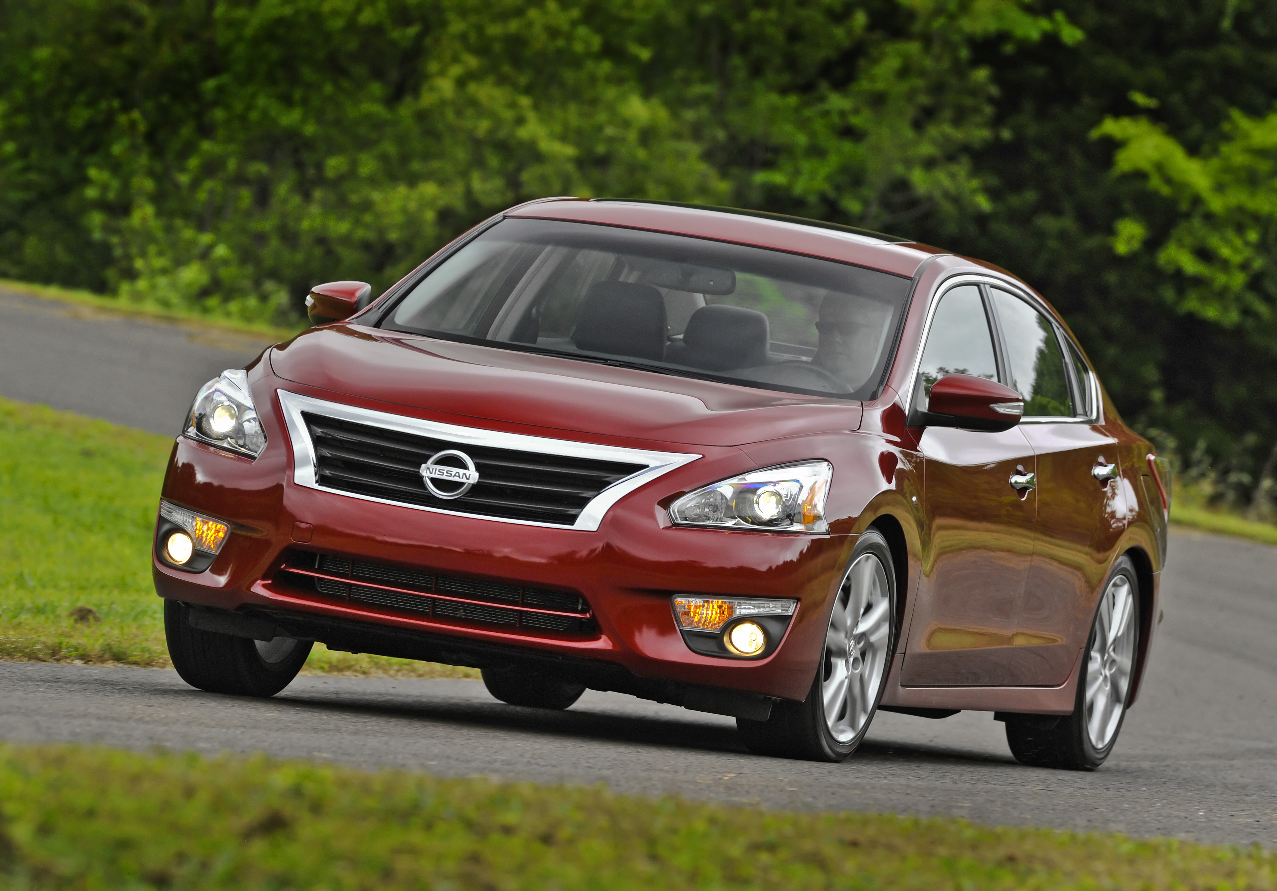 Nissan Recalls MY 2013 Altima for Faulty Hood Latch, Again ...