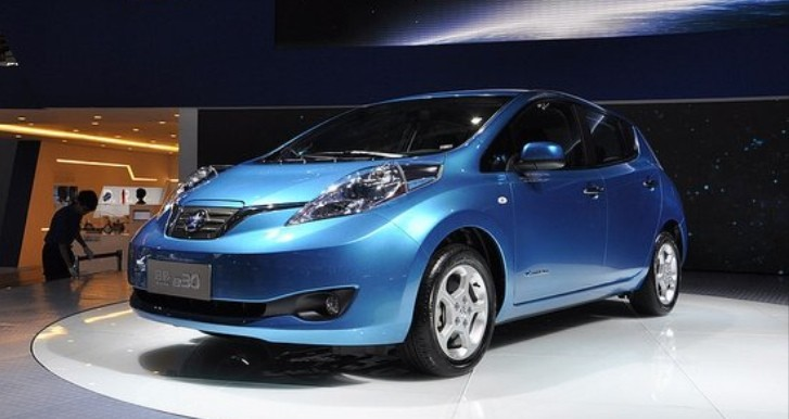 Nissan to Build Leaf Electric Vehicles in China in 2015