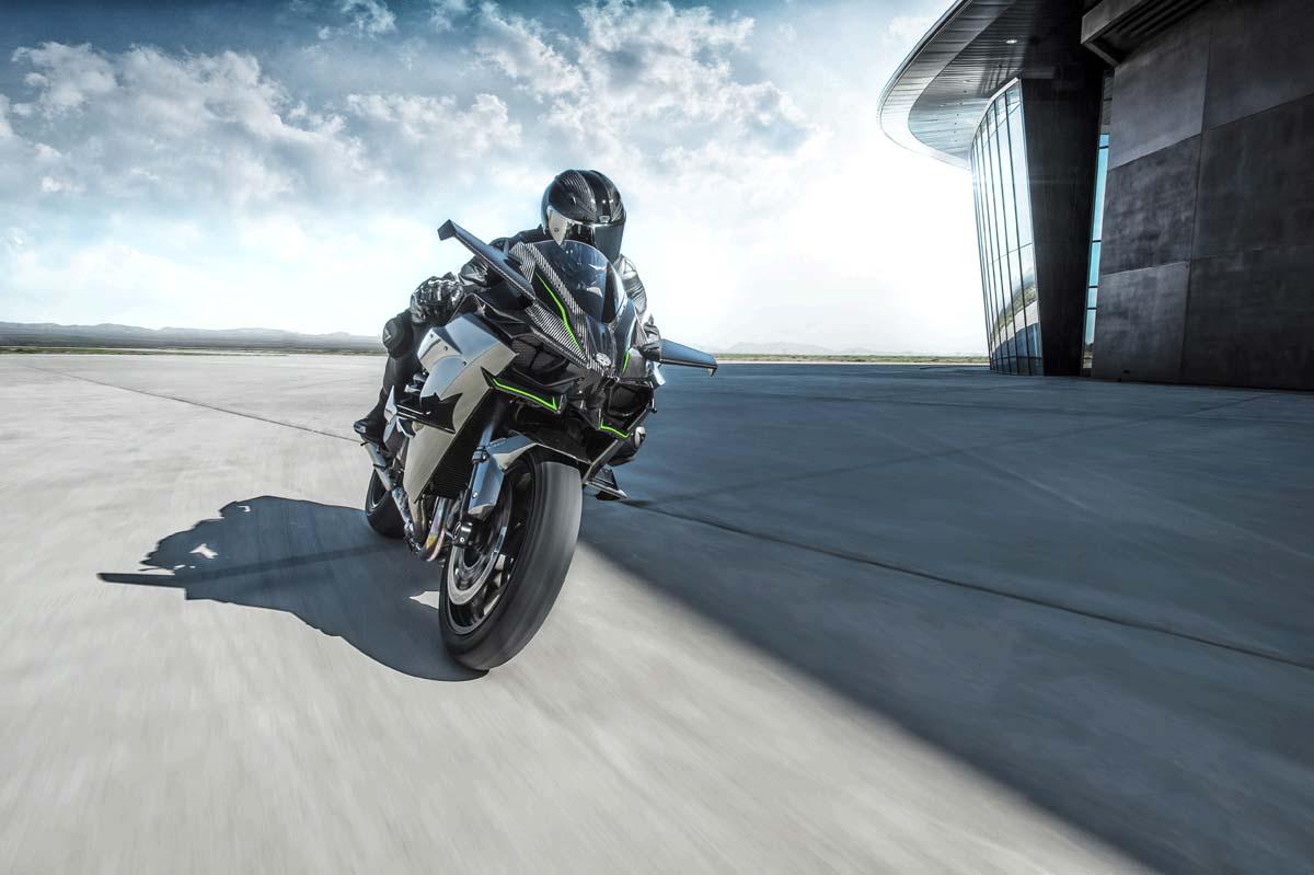 3 Photos Kawasaki Ninja H2R