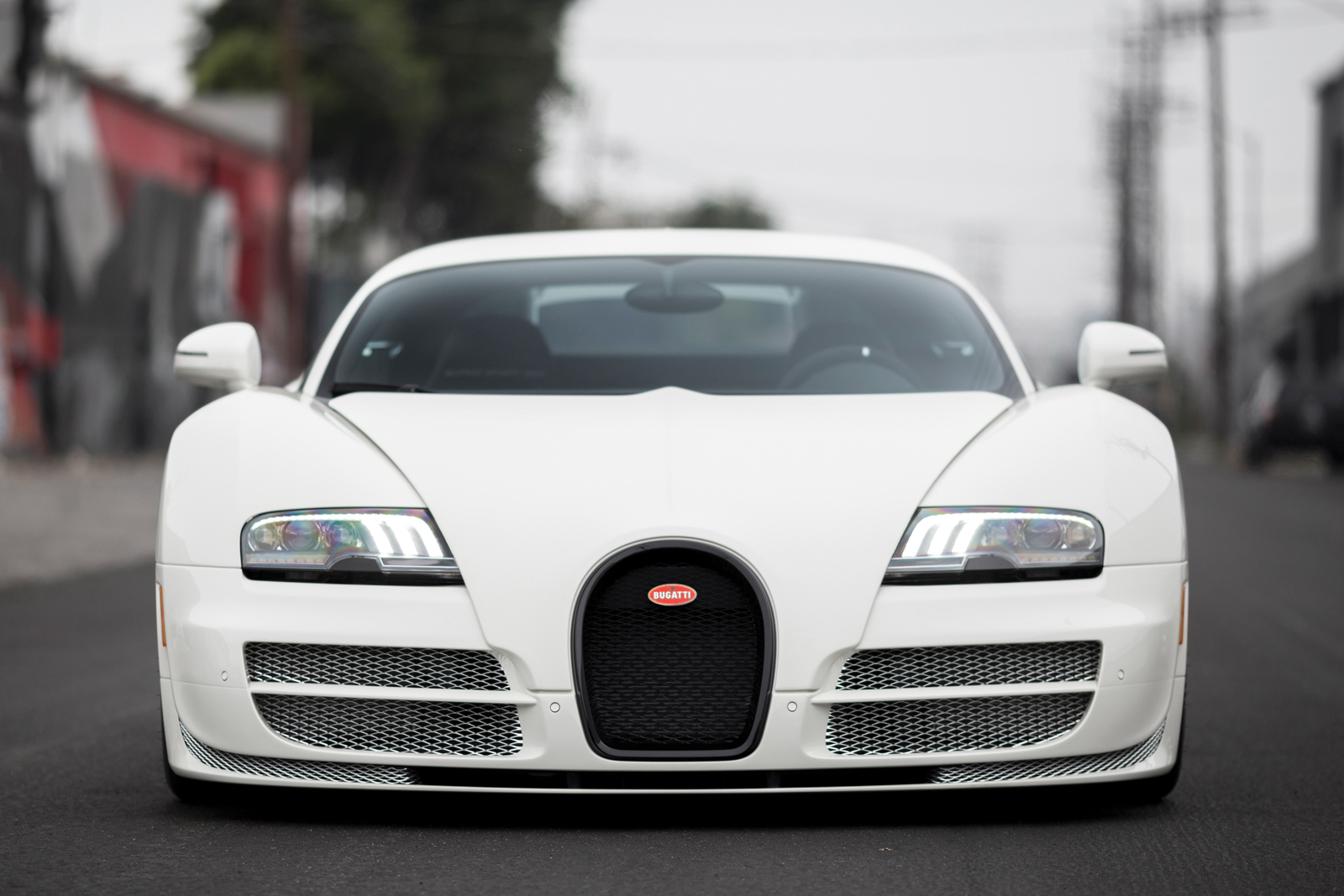 Now's Your Chance to Buy Yourself the Final Bugatti Veyron Coupe ...