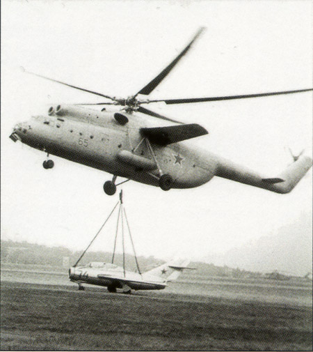 http://s1.cdn.autoevolution.com/images/news/nu-da-check-the-largest-transport-helicopters-in-the-world-24549_18.jpg