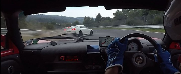 Nurburgring Bully: Nissan GT-R Driver Nearly Crashes Twice while Blocking Lotus - autoevolution