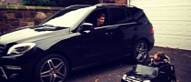 Nuri Sahin: Matching Mercedes MLs with His Son