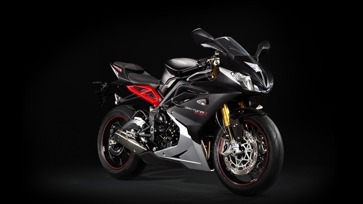 ohlins recall hits triumph daytona and speed triple autoevolution. Black Bedroom Furniture Sets. Home Design Ideas