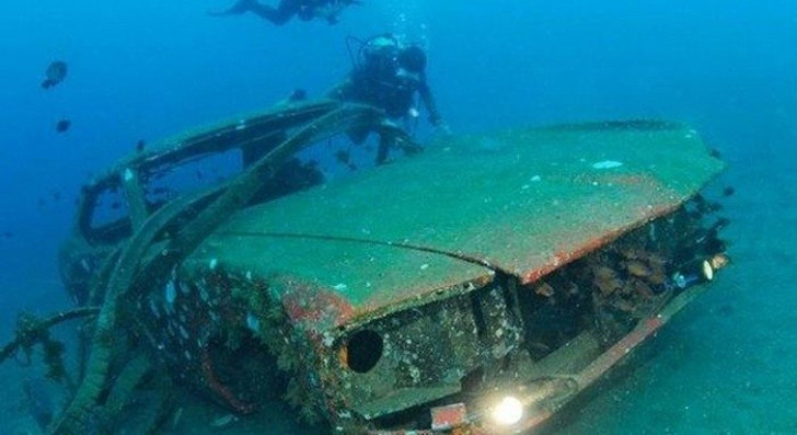 Old Cars Turned in Artificial Coral Reefs [Photo Gallery]