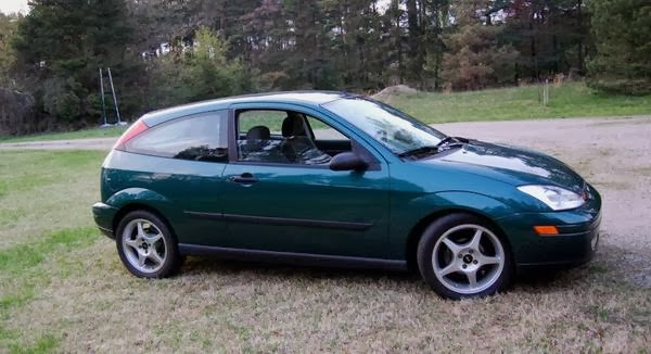 Old Ford Focus With V8 Rwd Conversion Is Quite A Sleeper Autoevolution