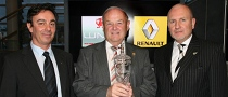 Oldest Renault Dealer in the UK Gets Awarded