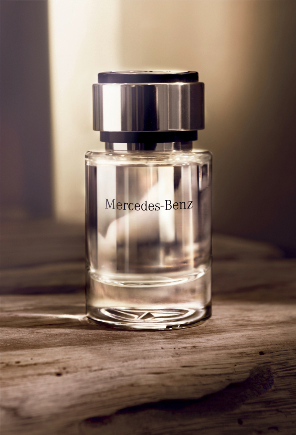 Omg mercedes benz goes into perfume business autoevolution for Mercedes benz cologne review