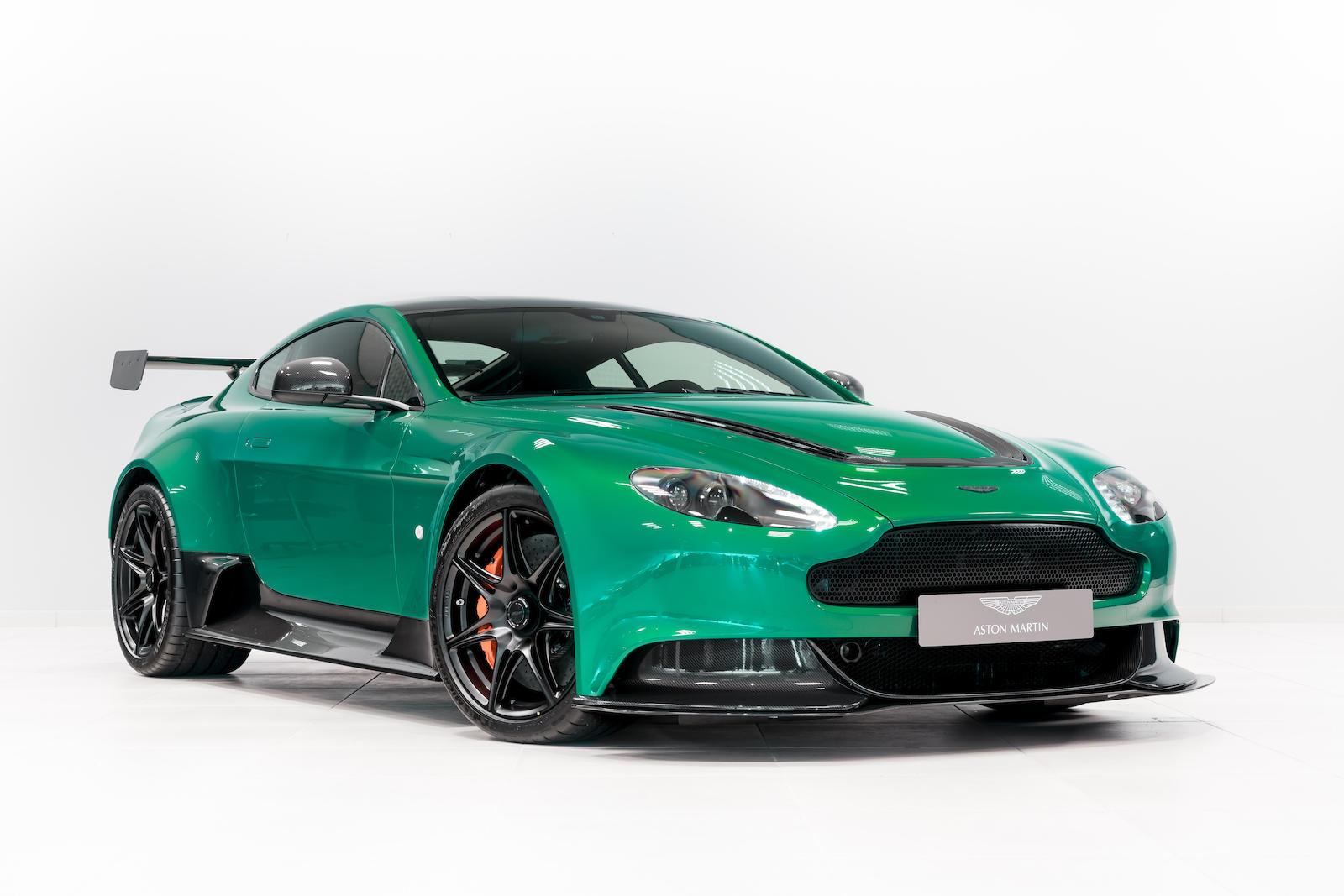One Of One Viridian Green Aston Martin Vantage Gt12 Looks Like A Million Bucks Autoevolution