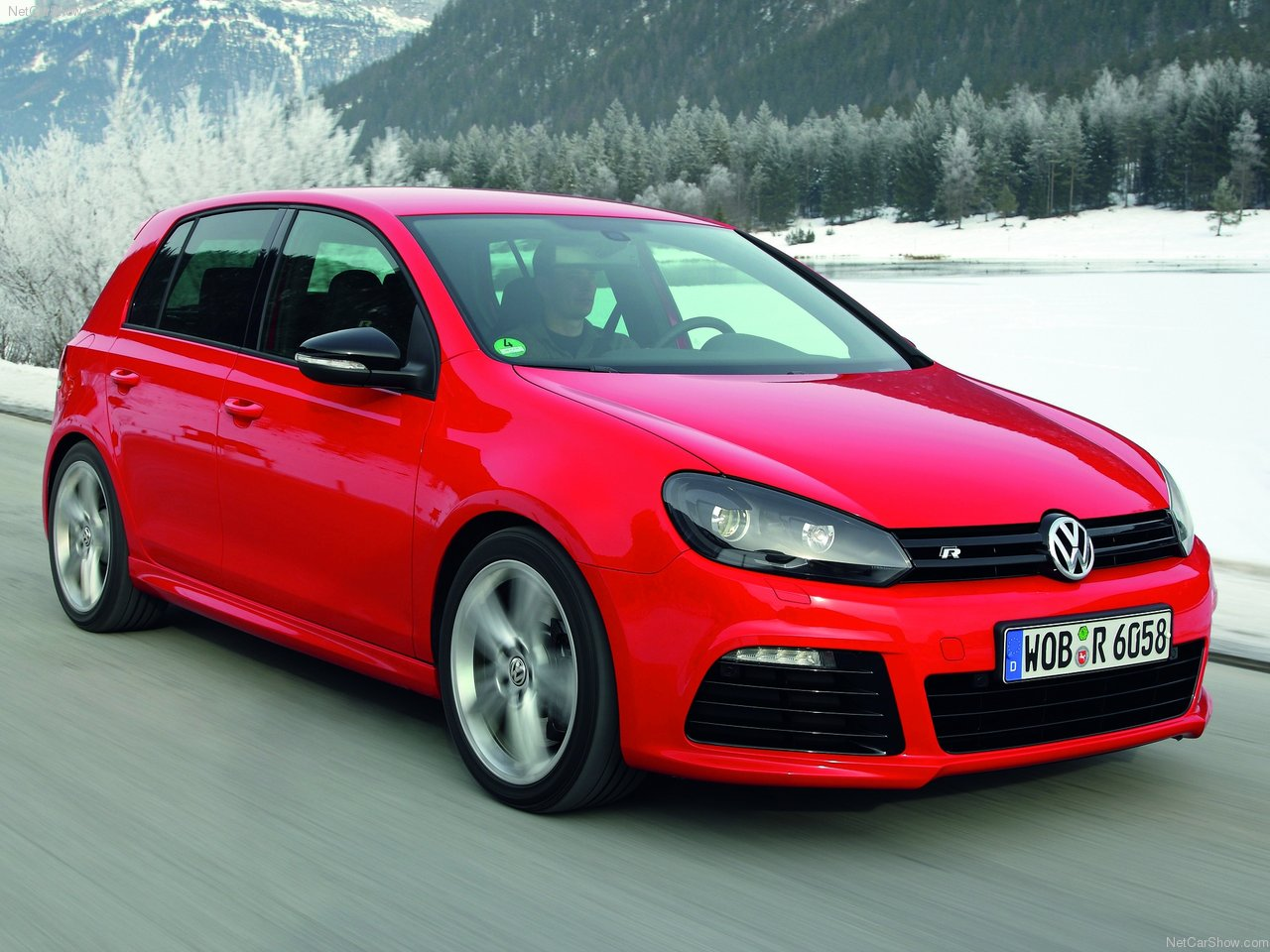 only 1 000 golf r units coming to us first batch is red autoevolution. Black Bedroom Furniture Sets. Home Design Ideas