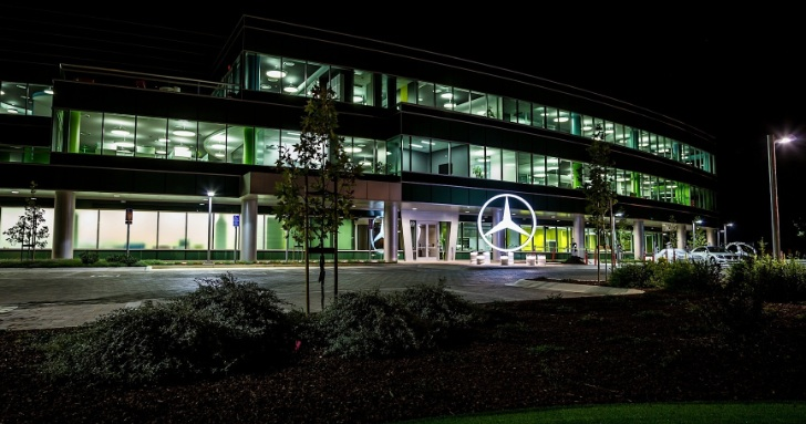 Only 40 percent of mb usa s employees are willing to move for Mercedes benz us headquarters