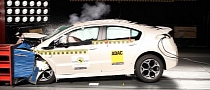 Opel Ampera Snaps 5-Star Euro NCAP Rating [Video]