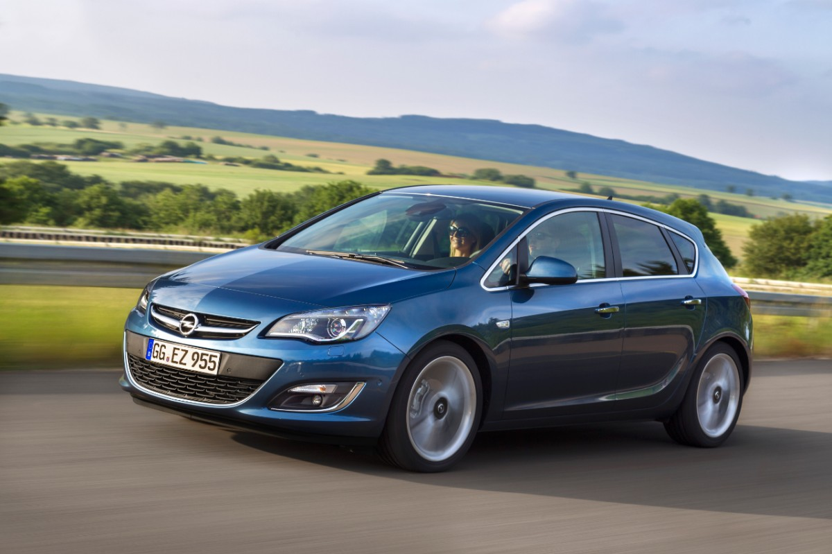 opel announces less powerful astra 1 6 cdti diesel engine with 110 hp autoevolution. Black Bedroom Furniture Sets. Home Design Ideas