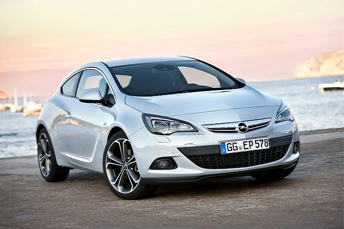 Opel Astra GTC Gains 1.6 SIDI Turbo Engine