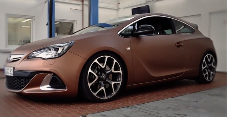 Opel Astra OPC Gets Wrapped in Aztec Brown Metallic [Video]