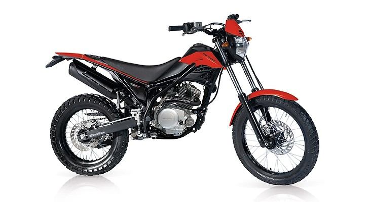 Own the City Jungle with the 2013 Beta Urban 125