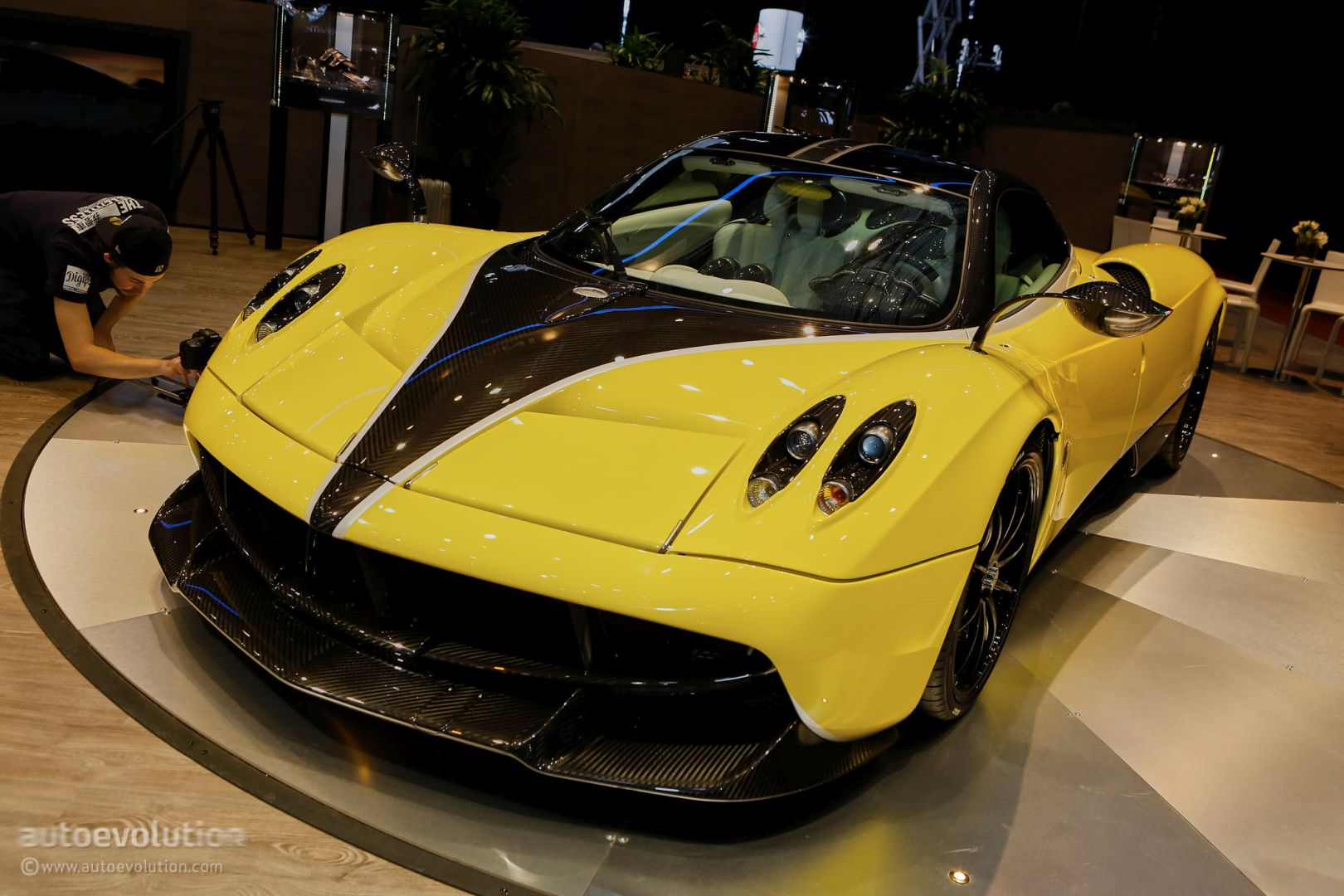 Pagani Huayra Pacheto Tempesta A Retrofit Track Pack With Monster