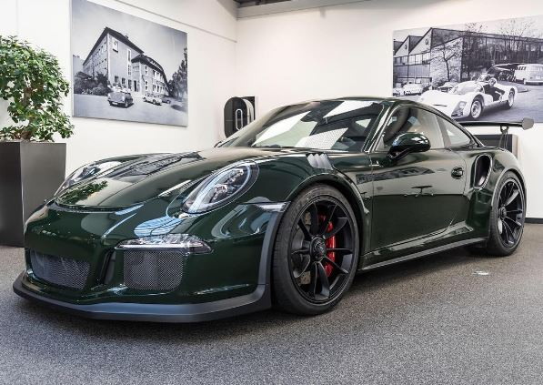 Paint To Sample Brewster Green Porsche 911 Gt3 Rs Is Uber