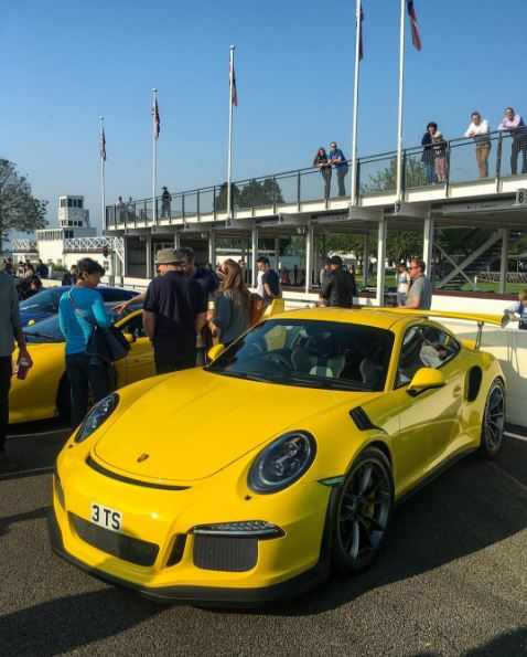 Paint To Sample Yellow Porsche 911 GT3 RS Was Brighter ...