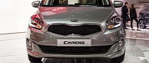 Paris 2012: Kia Carens Compact MPV [Live Photos]
