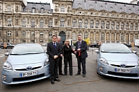 Handover ceremony held on March 18th at the Paris City Hall