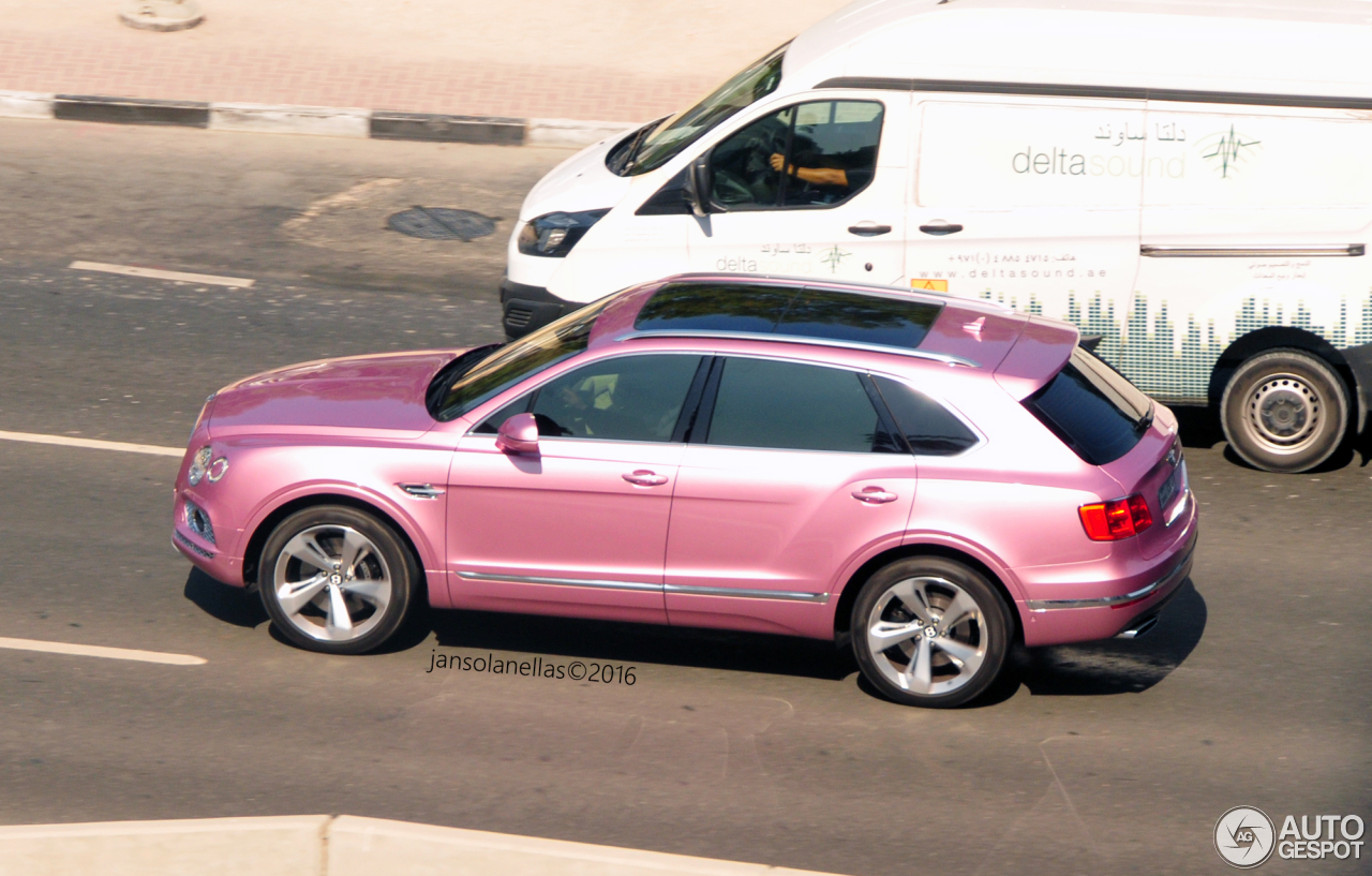 Passion Pink Bentley Bentayga Shows Up In Dubai Offends Purists Autoevolution