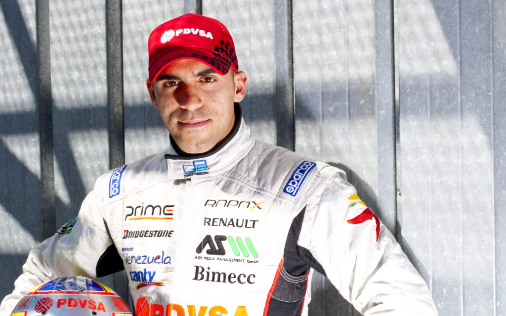 The 32-year old son of father Pastor and mother Lisa, 173 cm tall Pastor Maldonado in 2017 photo