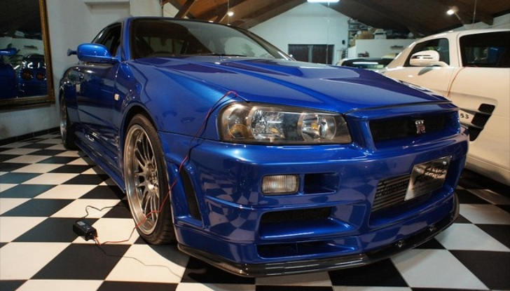 paul walker 39 s fast and furious r34 nissan gt r up for sale. Black Bedroom Furniture Sets. Home Design Ideas