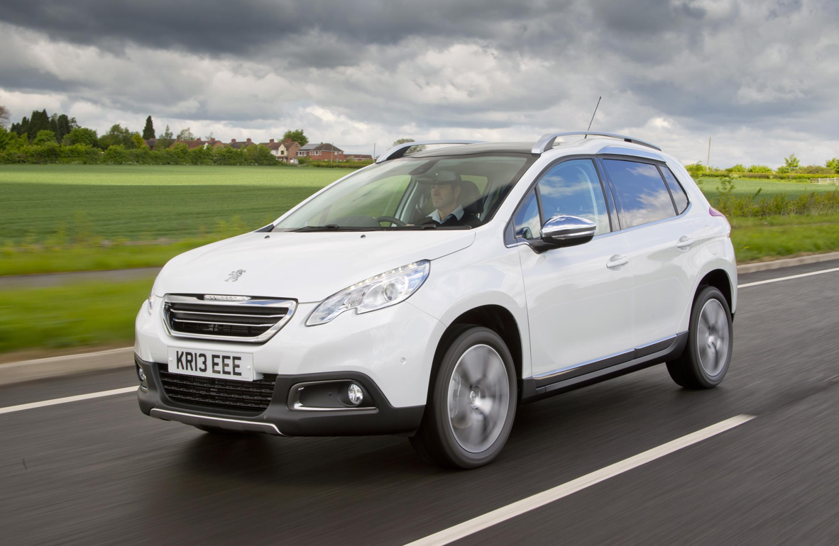 Peugeot 2008 Crossover Receives 1 300 Preorders In Uk