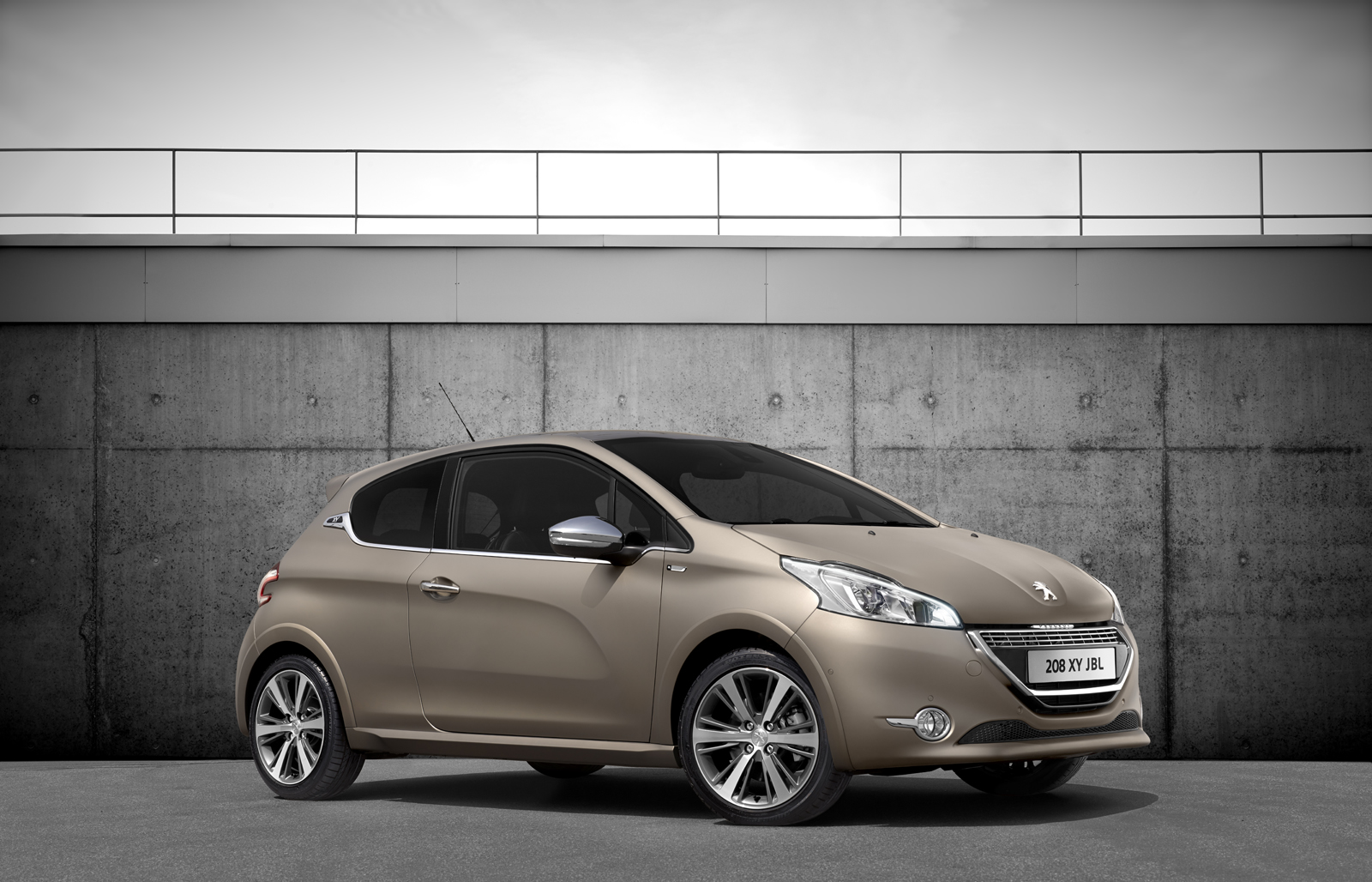 peugeot 208 xy jbl unveiled aimed at music lovers who love satin beige autoevolution. Black Bedroom Furniture Sets. Home Design Ideas