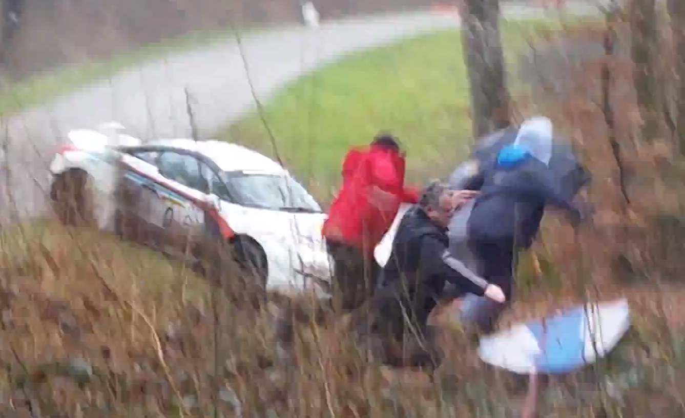 Peugeot RCZ R Flips, Nearly Crashes into Spectators at Franche-Comte Rally