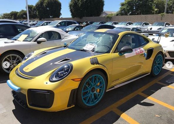 phoenix yellow metallic porsche 911 gt2 rs isn 39 t your average bmw autoevolution