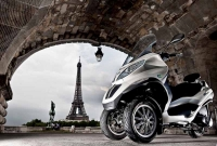 Piaggio MP3 Hybrid 300ie photo