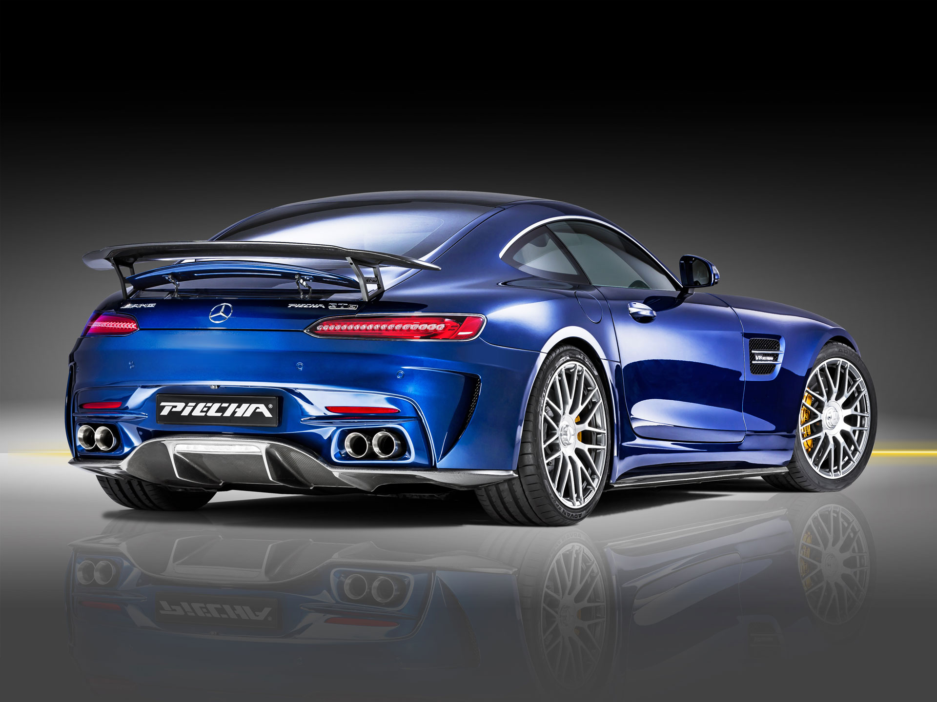 piecha amg gt rsr is not your regular mercedes amg gt s autoevolution. Black Bedroom Furniture Sets. Home Design Ideas