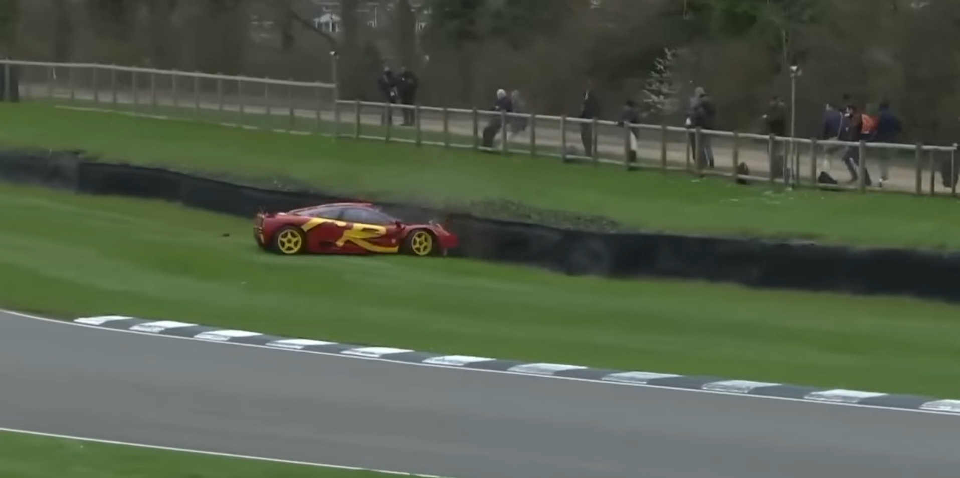 Pink Floyd\'s Drummer Wrecks McLaren F1 GTR at Goodwood, He\'s ...