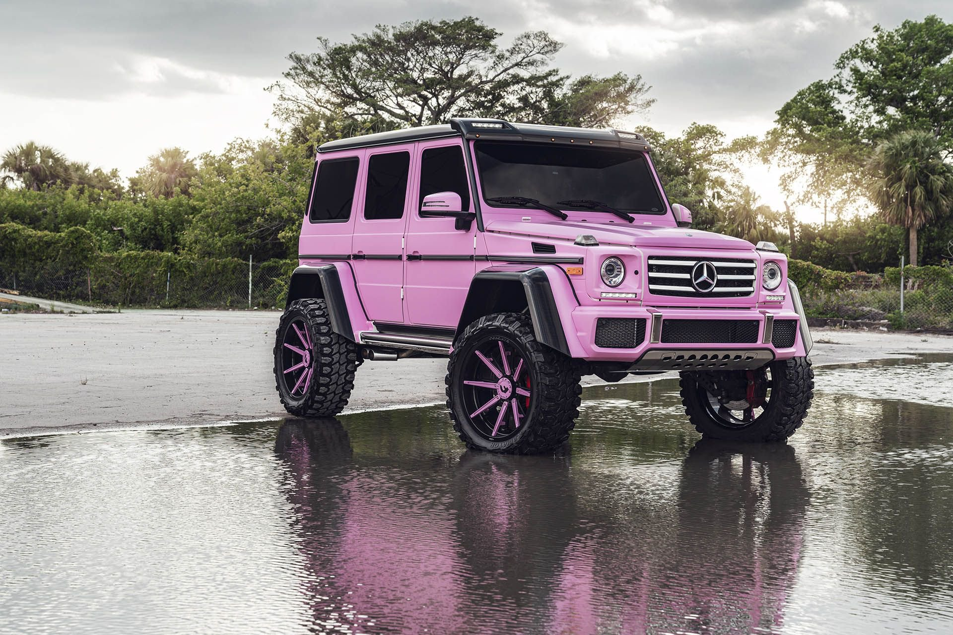 Pink Mercedes G-Class 4×4 Squared Is All About Girl Power ...