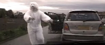 Police Arrests Polar Bear Driving Mercedes-Benz [Video]