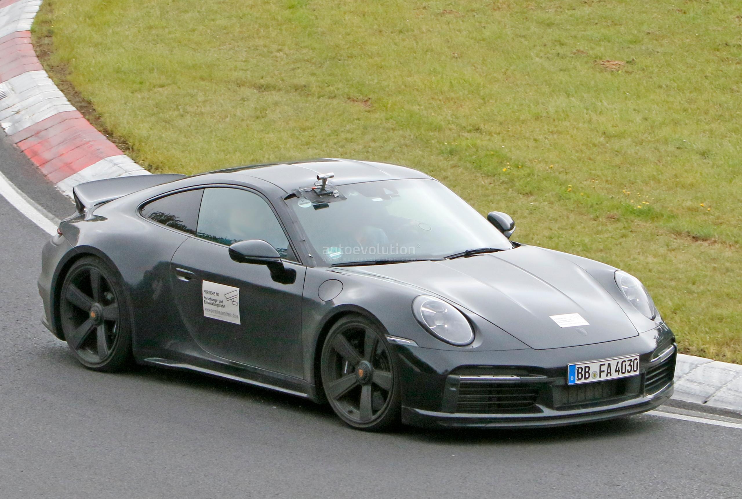 Porsche 911 (992) Sport Classic Prototype Comes Back For More Racetrack Action