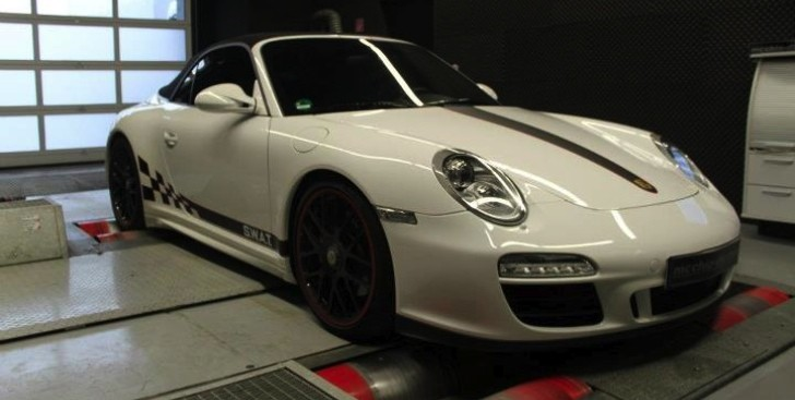 Porsche 911 Carrera GTS ECU Remap by mcchip-dkr [Photo Gallery]