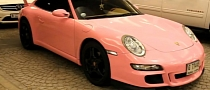Porsche 911 Dressed in Pink [Video]