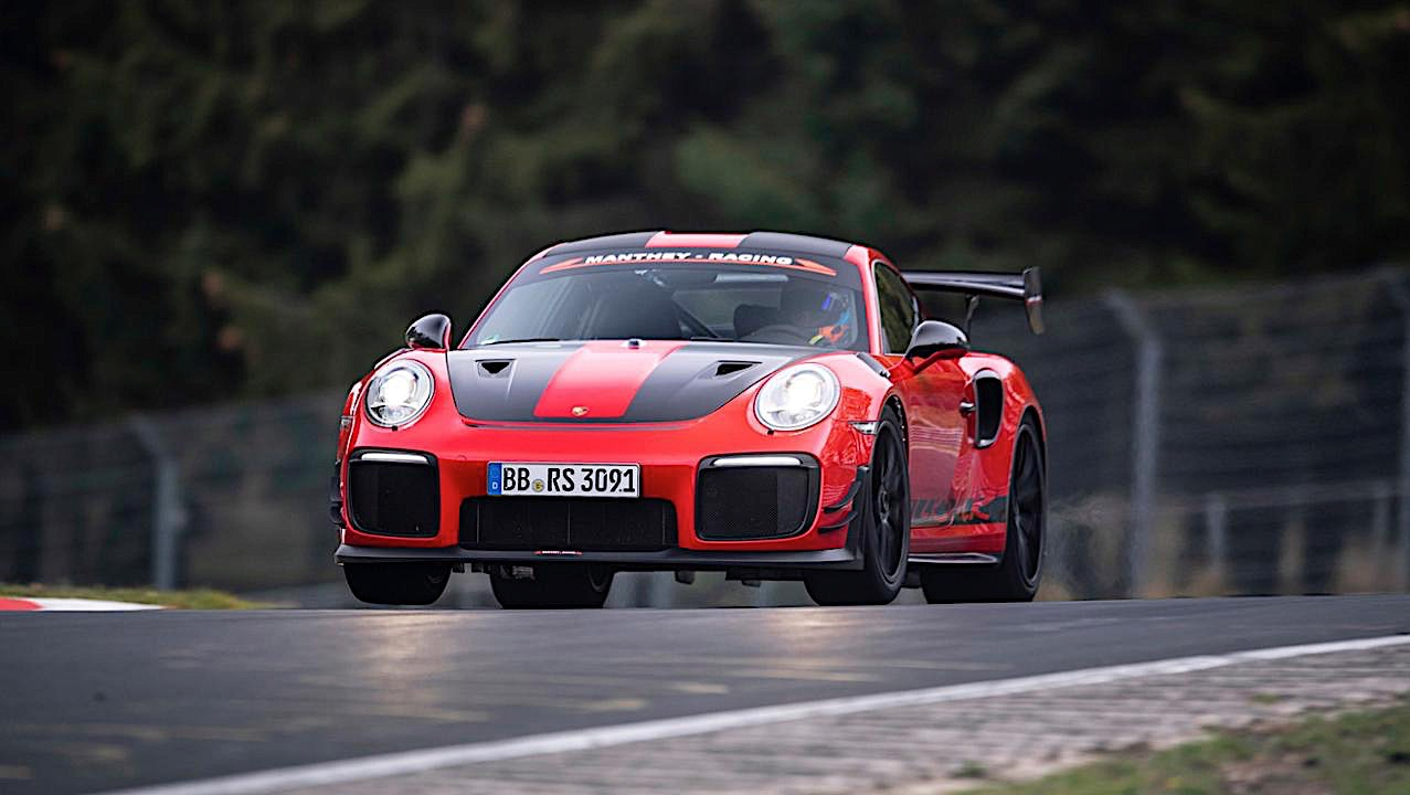 The Porsche 911 GT2 RS has a new 'Ring lap record